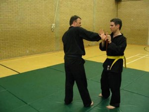 Self defence classes in Glasgow - Self defence classes Glasgow - Self defence in Glasgow